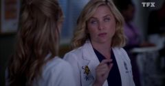 Grey's Anatomy – Saison 10 Episode 06 : Cartes en main du 15 mai 2018 – Replay TF1